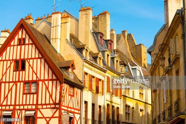 old town in dijon in a sunny day - dijon photos et images de collection