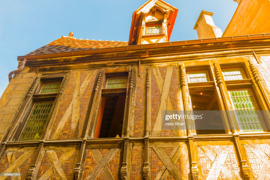Old Town in Dijon in a Sunny Day : Stock-Foto