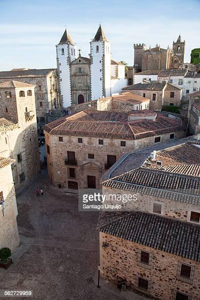 old town of caceres - estremadura stock-fotos und bilder