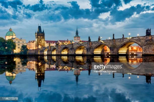 old town with charles bridge, bridge tower and vltava river, prague, bohemia, czech republic - プラハ ストックフォトと画像
