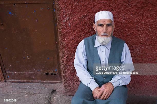 Old Turkish-Kurdish muslim man (Turkey, 2012)