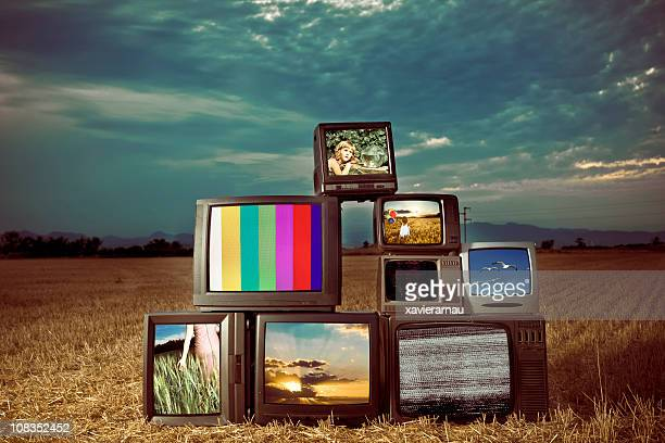 old tv show - obsolete stock pictures, royalty-free photos & images