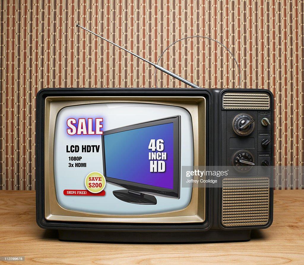 Old TV with HDTV Advertisement : Foto de stock