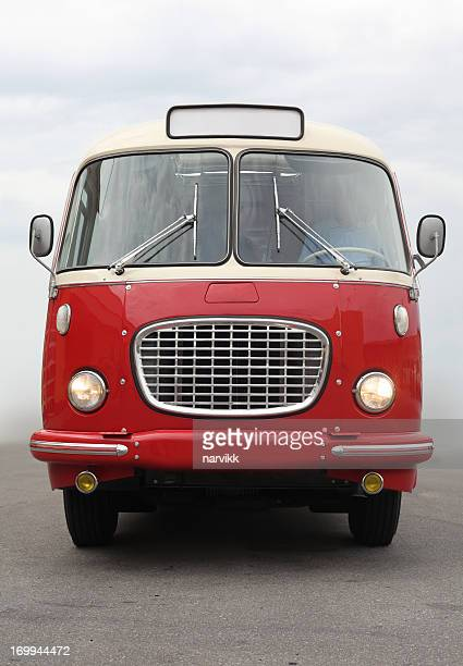古いヴィンテージバス