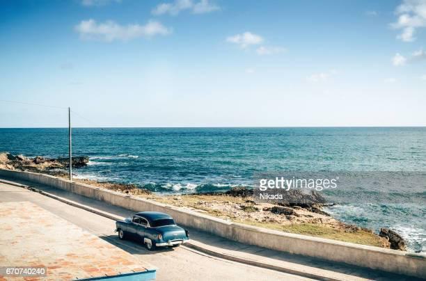 Alten Oldtimer Fahrt entlang der Küste, Kuba