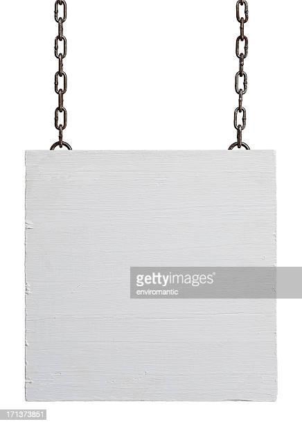 風化したホワイトの木のサインボードを掲げております。