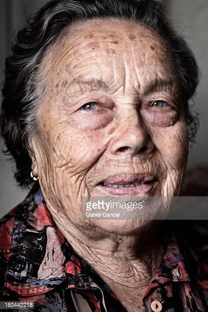 old woman - galicia fotografías e imágenes de stock