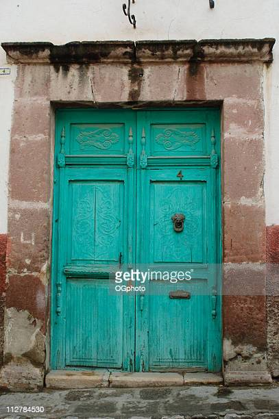 old wooden door - ogphoto stock pictures, royalty-free photos & images
