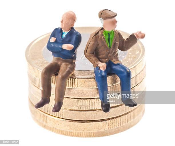 old-age pension - Rentner auf Euromünzen