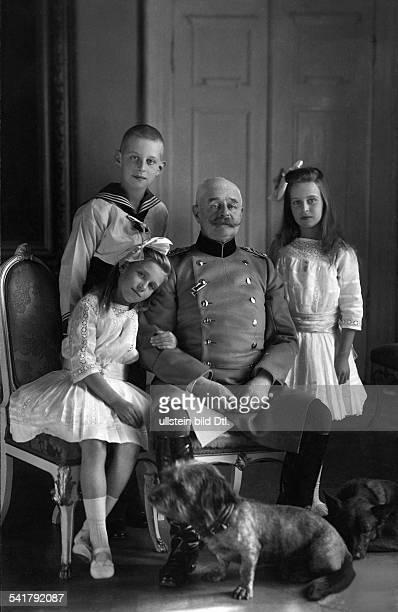 Oldenburg Friedrich August II Grand Duke of Oldenburgwith three children from his second marriage Nikolaus of Oldenburg Ingeborg Alix of Oldenburg...