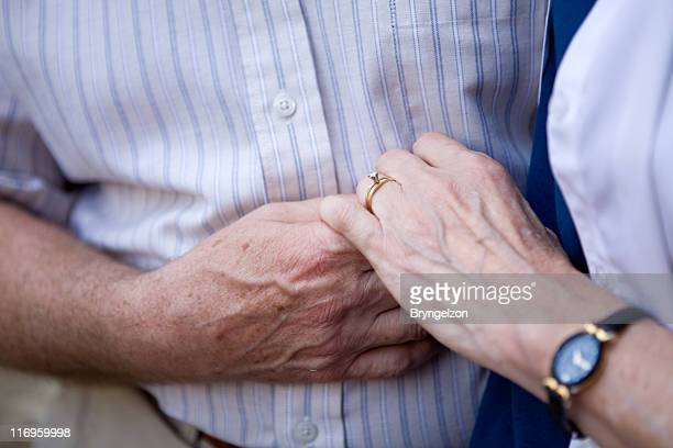 older couple anniversary - anniversary stock pictures, royalty-free photos & images