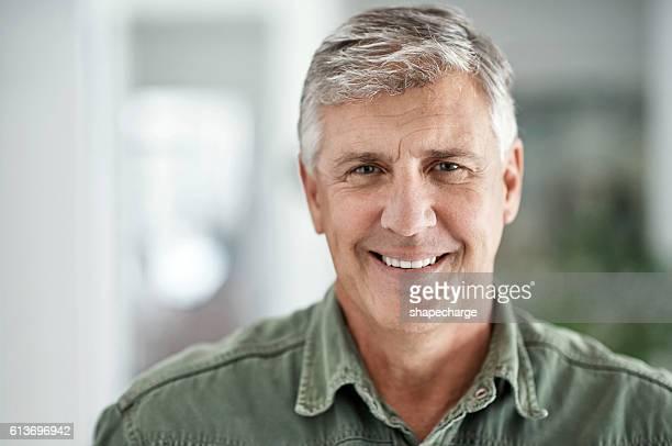 older, wiser, happier - só um homem maduro - fotografias e filmes do acervo