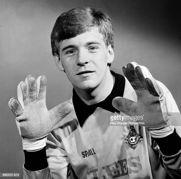 Oldham Athletic goalkeeper Andy Goram circa 1983