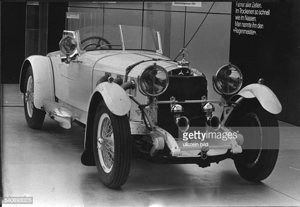 Oldtimer vom Typ Mercedes SS Baujahr 1927 mit Kompressor bei der Autoausstellung in Hamburg 1982 Undatiertes Foto