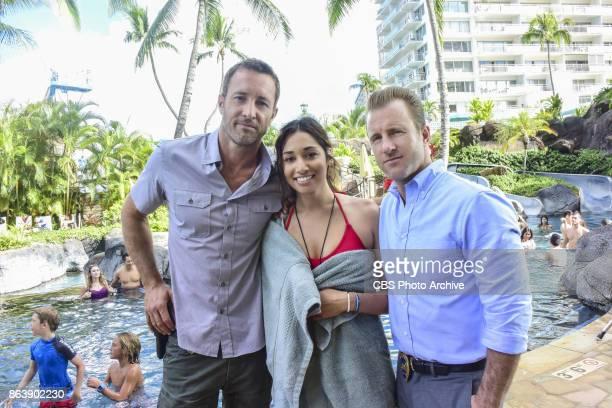 "Ole e 'lelo mai ana ke ahi ua ana ia"" -- McGarrett and Danny recruit Tani Rey to join the task force when diabolical hacker Aaron Wright releases a..."
