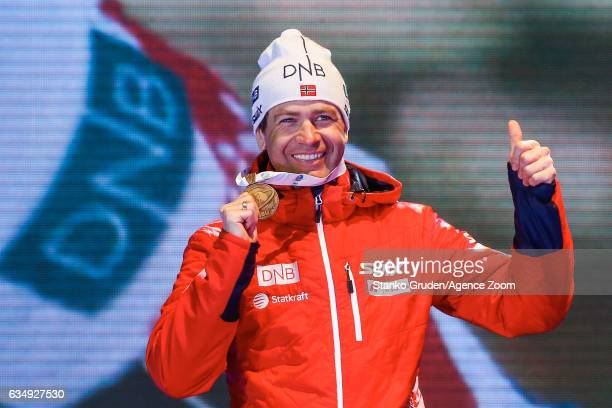 Ole Einar Bjoerndalen of Norway wins the bronze medal during the IBU Biathlon World Championships Men's and Women's Pursuit on February 12 2017 in...