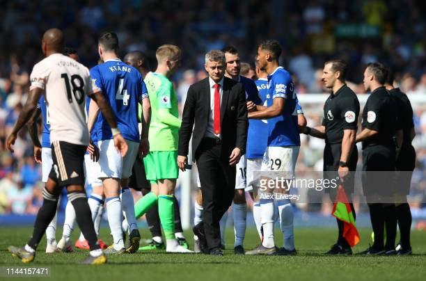 Ole Gunnar Solskjaer Manager of Manchester United looks dejected after the Premier League match between Everton FC and Manchester United at Goodison...