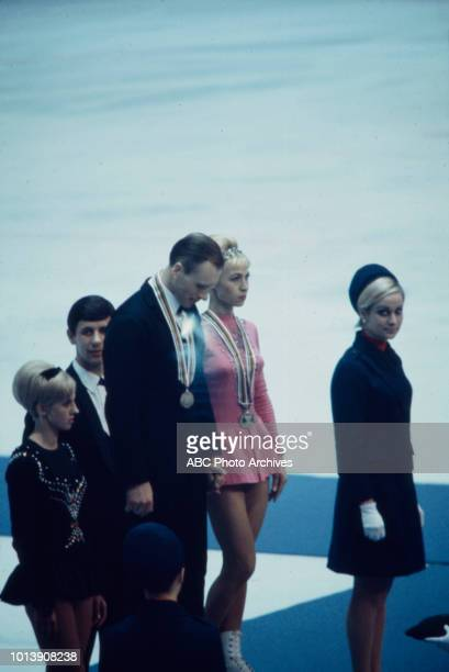 Oleg Protopopov Liudmila Belousova medal ceremony for the Pair's figure skating event at the 1968 Winter Olympics / X Olympic Winter Games Le Stade...