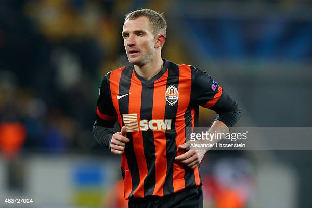 Olexandr Kucher of Donetsk runs with the ball during the UEFA Champions League round of 16 first leg match between FC Shakhtar Donetsk and FC Bayern...