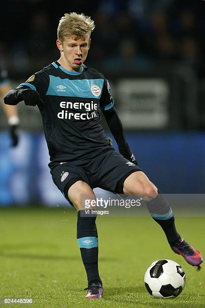 Olexandr Zinchenko of PSVduring the Dutch Eredivisie match between Willem II Tilburg and PSV Eindhoven at Koning Willem II stadium on November 19...