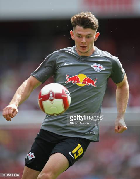 Oliver Burke of RB Leipzig in action during the Emirates Cup match between RB Leipzig and SL Benfica at Emirates Stadium on July 30 2017 in London...