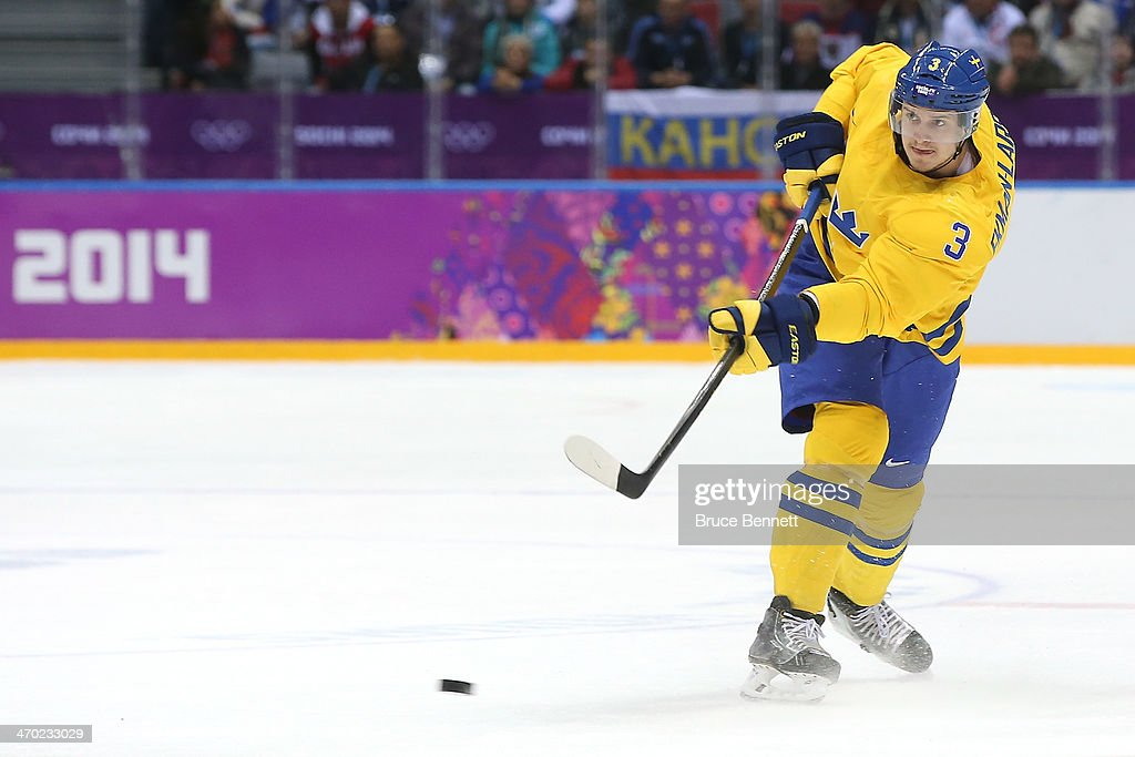 Ice Hockey - Winter Olympics Day 12 - Sweden v Slovenia : News Photo