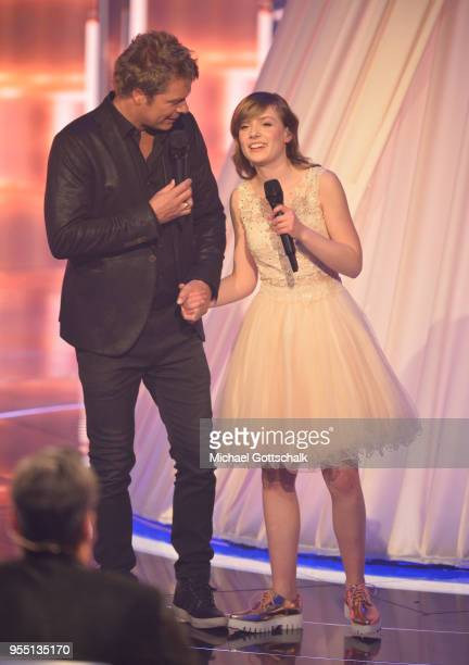 Oliver Geissen and Marie Wegener during the finals of the tv competition 'Deutschland sucht den Superstar' at Coloneum on May 5, 2018 in Cologne,...