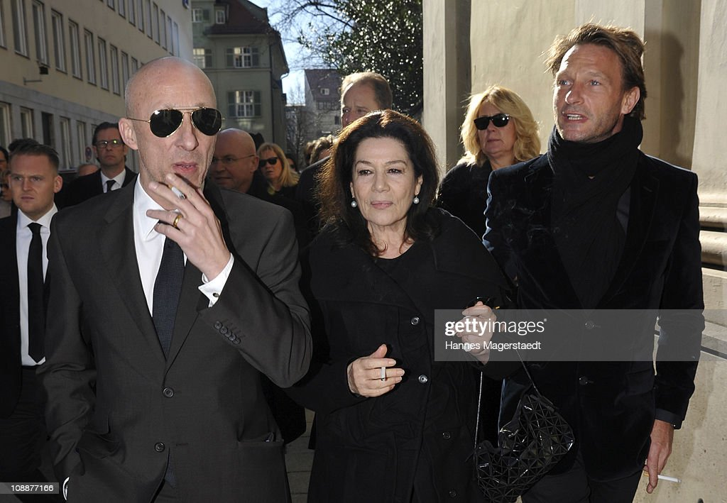 Oliver Hirschbiegel, Hannelore Elsner and Thomas Kretschmann attend the memorial service for Bernd Eichinger at the St. Michael Kirche on February 07, 2011 in Munich, Germany. Producer Bernd Eichinger died of a heart attack in Los Angeles on January 24. Leading the Constantin Film he produced films like 'Perfume', 'Christiane F.', 'Smillas Sense of Snow' or 'Der Untergang' recieving multiple awards.
