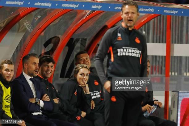 Oliver Horvath of PSV U23, Roel Engelen of PSV U23, Toine Leijnse of PSV U23, Suzanne Huurman of PSV U23, Wilfred Bouma of PSV U23, Peter Uneken of...