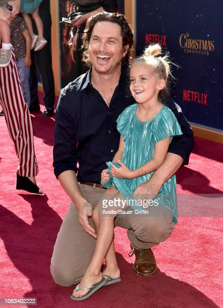 Oliver Hudson and daughter Rio Hudson attend the premiere of Netflix's 'The Christmas Chronicles' at Fox Bruin Theater on November 18 2018 in Los...