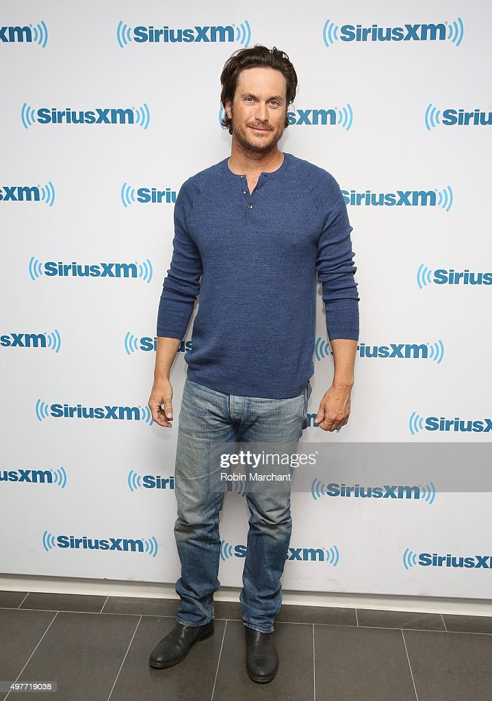Oliver Hudson visits at SiriusXM Studios on November 18, 2015 in New York City.