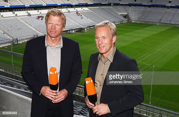 Oliver Kahn former goalkeeper of Bayern Muenchen is presented as new ZDF television sports expert with colleague TVhost Johannes B Kerner at the...