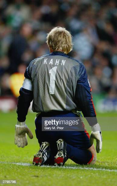Oliver Kahn of Bayern Munich on his knees during the UEFA Champions League Group stage match between Glasgow Celtic and Bayern Munich on November 25...
