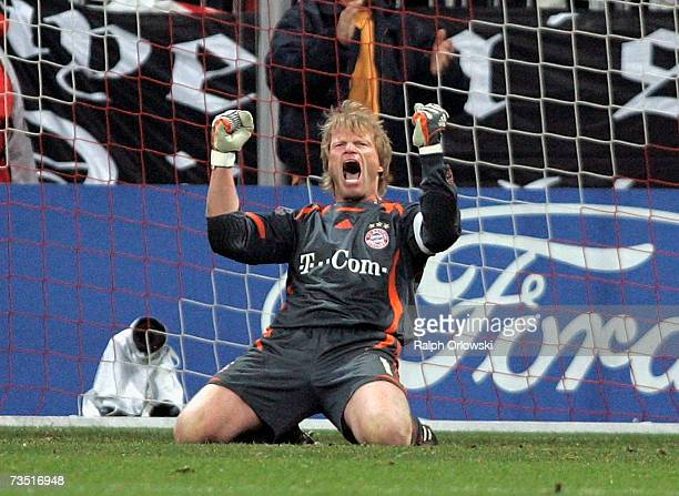 Oliver Kahn of FC Bayern celebrates the victory of his team over Real Madrid after the UEFA Champions League round of sixteen second leg match at the...