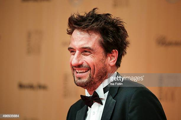 Oliver Mommsen attends the Kryolan At Bambi Awards 2015 - Red Carpet Arrivals on November 12, 2015 in Berlin, Germany.