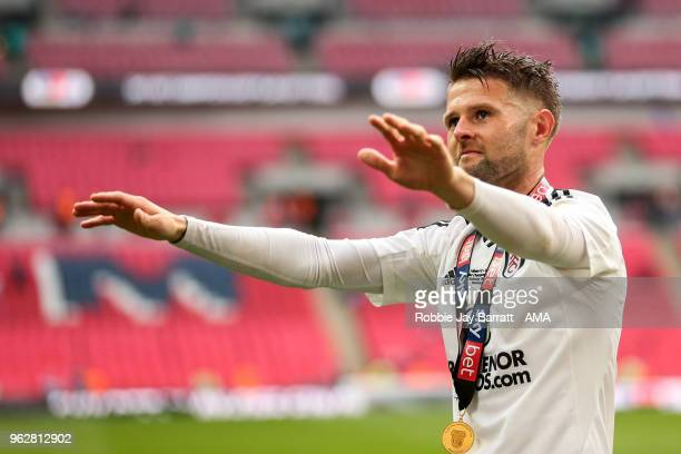 Oliver Norwood of Fulham waves to the fans during the Sky Bet Championship Play Off Final between Aston Villa and Fulham at Wembley Stadium on May...