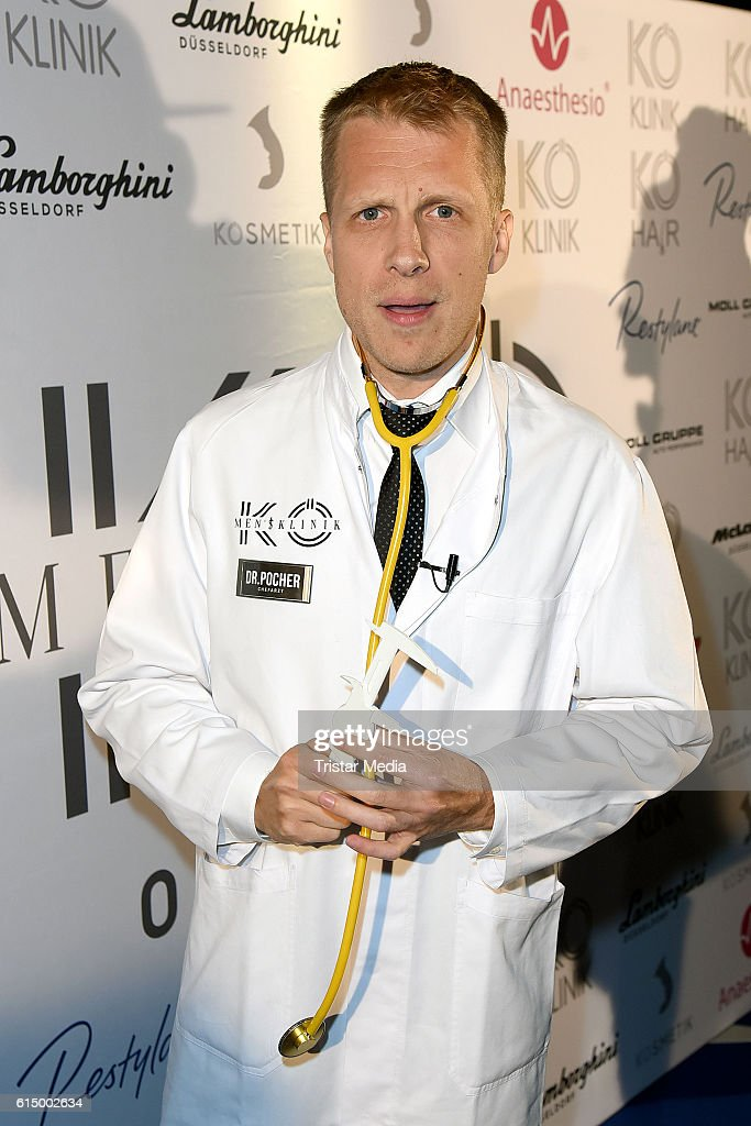 Oliver Pocher attends the Opening Party of the Men's Beauty Clinic on October 15, 2016 in Duesseldorf, Germany.
