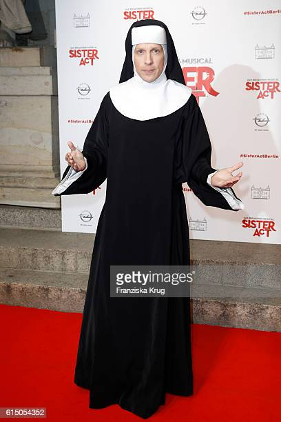 Oliver Pocher disguised as nun attends the 'Sister Act The Musical' premiere at Stage Theater on October 16 2016 in Berlin Germany