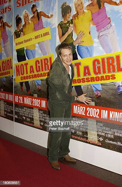 "Oliver Pocher, Film-Premiere ""Not a Girl"" mit B r i t n e y S p e a r s in der Hauptrolle, Köln, ""Cinedom"", roter Teppich, Ankunft, Film-Plakat,..."