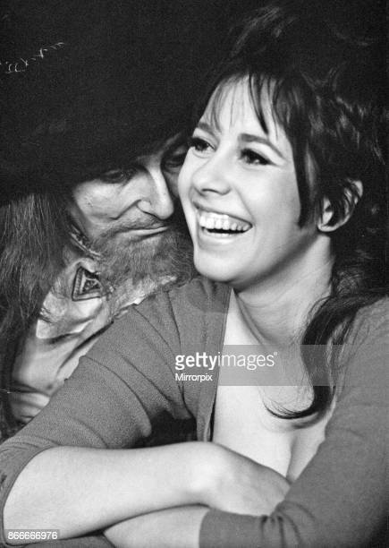 Oliver returns to the West End stage at the Piccadilly Theatre Barry Humphries is pictured in character as Fagin with Marti Webb playing Nancy 25th...