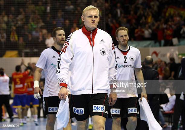 Oliver Roggisch , Patrick Wiencek , Stefan Kneer enttäuscht Handball Männer Weltmeisterschaft Viertelfinale : Spanien - Deutschland mens ihf handball...
