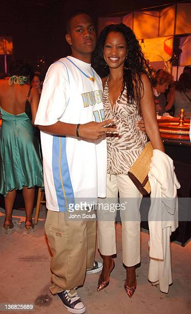 Oliver Saunders and Garcelle BeauvaisNilon during 2nd Annual Lakers Casino Night Benefiting the Lakers Youth Foundation Red Carpet and Inside at...