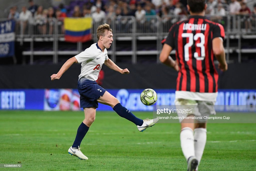 Oliver Skipp #52 of Tottenham Hotspur handles the ball in the second half against AC Milan during the International Champions Cup 2018 at U.S. Bank Stadium on July 31, 2018 in Minneapolis, Minnesota.