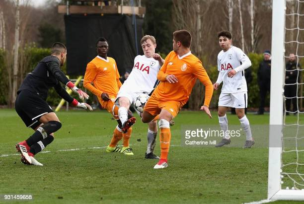 Oliver Skipp of Tottenham Hotspur misses a chance during the UEFA Youth League group H match between Tottenham Hotspur and FC Porto at on March 13...