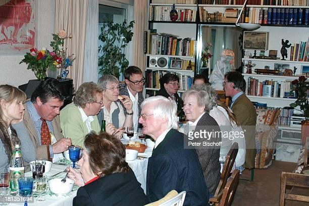 Oliver Tobias , Ehefrau Arabella, Ex-Kindermädchen Antje , Bruder Benedict Freitag , dessen Ex-Frau Desy Bary , Maria Becker (Ex-Frau von R o b e r t...