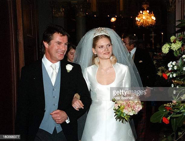 "Oliver Tobias, Ehefrau Arabella Zamoyska,;Hochzeit, Großbritannien, England, London,;""The little Brompton Oratory"",;Abendgarderobe, Anzug,..."
