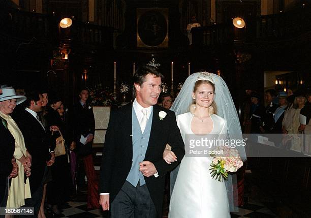 "Oliver Tobias, Ehefrau Arabella Zamoyska,;Hochzeit, Großbritannien, England,;London,""The little Brompton Oratory"",;Abendgarderobe, Anzug,..."