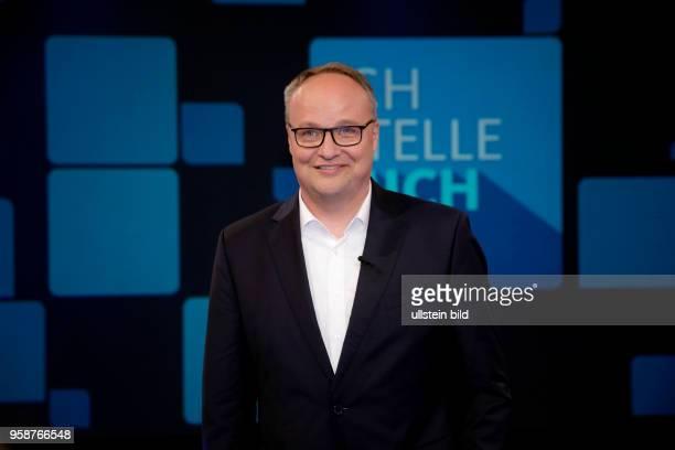 Oliver Welke und Werner Hansch waren die Überraschunsgäste bei Oliver Kahn als Gast bei Sandra Maischbergers Sendung 'Ich stelle mich' am 30 Mai 2017...
