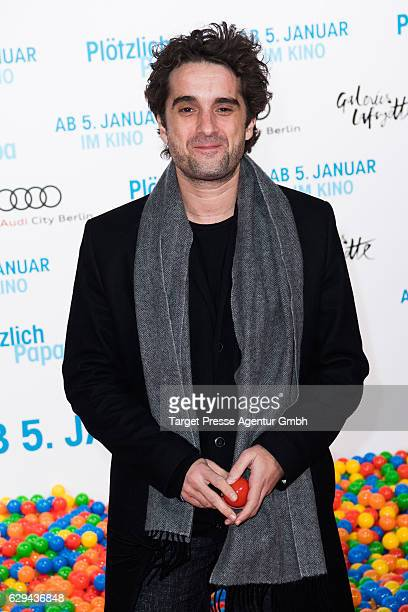 Oliver Wnuk attends the German premiere of the film 'Ploetzlich Papa' at Zoo Palast on December 12, 2016 in Berlin, Germany.