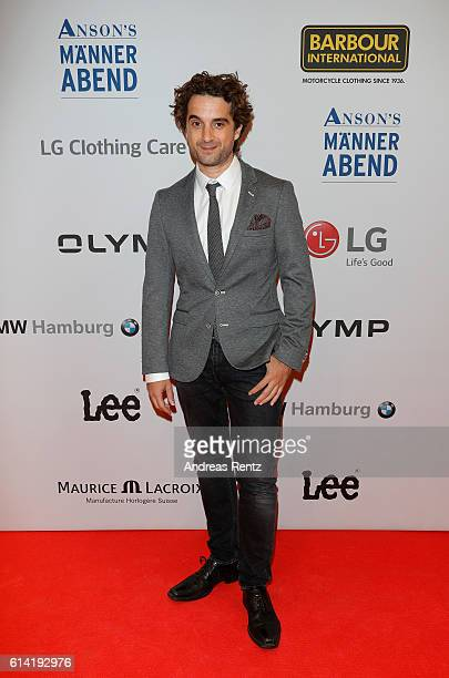 Oliver Wnuk dressed by ANSONS'S attends ANSON'S Maennerabend on October 12 2016 in Hamburg Germany